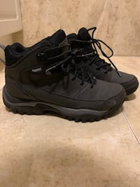 Boots (negotiable price) Laval