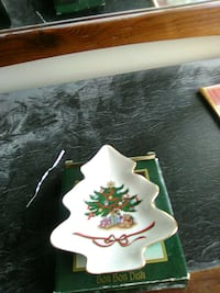 Christmas tree candy dish  Parkersburg, 26101