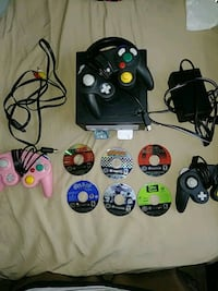 Gamecube and everything you see serious buyers  Charleston, 29403