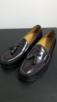 Cole haan + nike air burgundy dress shoes - size 11