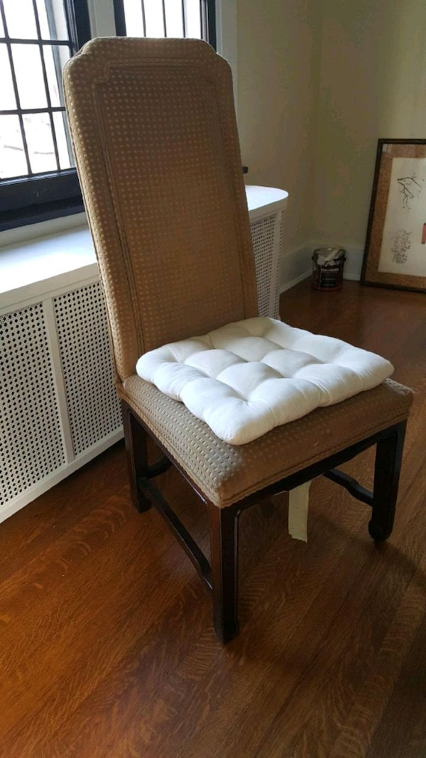 Used Henredon dining room chairs. 8 fine wood chairs. D for ...