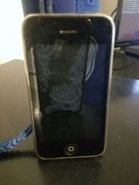 iphone 3GS (does not turn on). Visalia