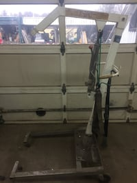 Swivel Hydraulic Lift - 400lbs  West Lincoln
