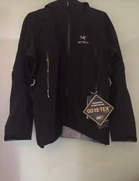 Arc'teryx men's Large Zeta ar jacket. New with tags Arcteryx  North Vancouver, V7H 1H9