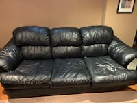 Couch and love seat Mississauga, L5M 7X5