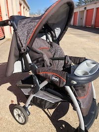 Baby's gray and black chicco stroller Virginia Beach, 23462