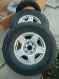 tires and rims 285/70r17 only 2 Denver, 80221