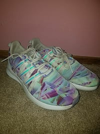 adidas womens size 9 shoes Fresno, 93722