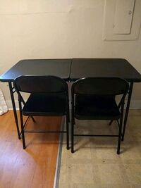 Table and chairs set Knoxville, 37902