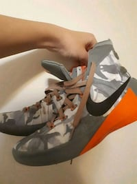 Basketball Shoes(Size 9) Victoria, V8T 2S4