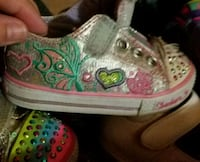 Sketchers Twinkle Toes Toddler girl shoes Eastanollee, 30538