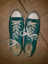 USED Turquoise Coverse Size 7 823 mi