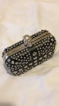 studded silver black clasp coin purse North Las Vegas, 89032