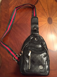 Gucci Chestbag  Texas City, 77591
