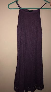 Purple dress: never worn : size small Carlsbad, 88220
