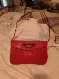 Red leather shoulder bag or clutch purse Bakersfield, 93308