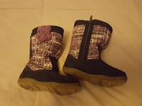 Girls boots -5.5m NEW
