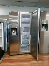 NEW SAMSUNG STAINLESS SIDE BY SIDE WITH SHOWCASE Ontario, 91762