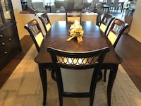 Dining Room Set - Table, 4 chairs, 2 arm chairs and China cabinet Windermere, 34787