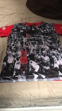 Black and white Jordan tshirt
