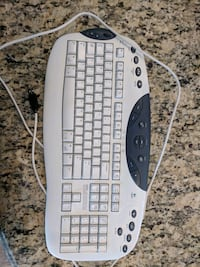 Wired Logitech keyboard Oakton, 22124