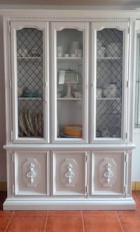 Vintage White Solid Wood China Cabinet by Stanley Furniture Company Surrey