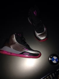 Silver/grey and pink Nike hyperflight breast cancer awareness edition size 10 with box  De Mossville, 41006