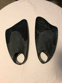 Churchill Fins size extra large Worcester, 01609