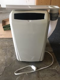 Portable window air conditioner  Napa, 94558