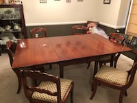 Formal Dining Room Table & Chairs Noblesville, 46060