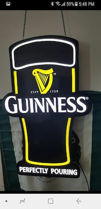 Guinness lighted sign works and looks perfect
