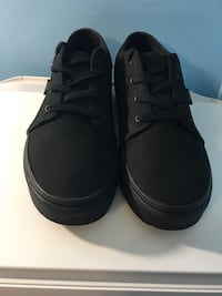 Vans Chukka Low Brand New Size 7