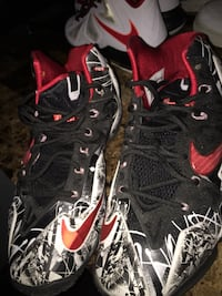 pair of black-and-red Nike basketball shoes New York, 11211