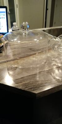 clear glass bowl with lid 3140 km