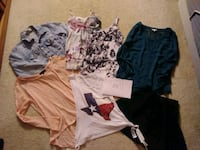 Jrs size small clothes! Spring, 77388