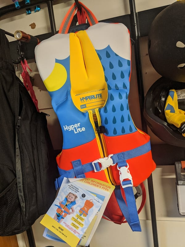Baby infant small toddler life vest  ff38f05a-002e-4438-baa8-109a2ae6ea70