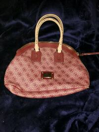 Pink guess purse Riverside, 92507
