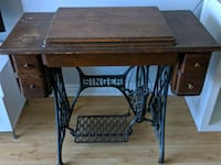 Antique Sewing Table Toronto, M2K 3B9