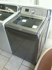 white Samsung top-load clothes washer and dryer set Montreal, H4K 1M9