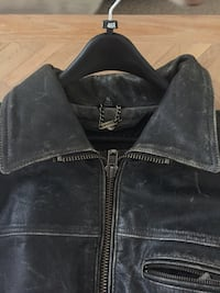 High quality leather riding jacket. paid $350. perfect shape.  Naples, 34110