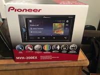 6.2 pioneer mechless double din tv Seaford, 19973