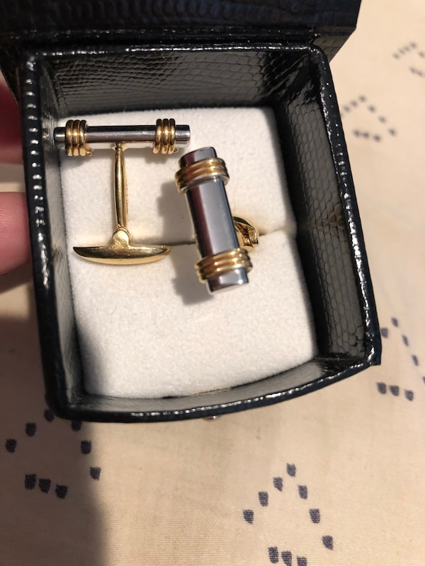 Two tone gold cuff links