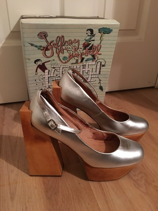 0b3c3a383905 Used Jeffrey Campbell Rare Safety Silver shoes 10 Women s for sale in San  Jose - letgo