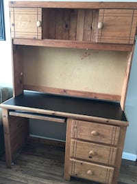 Student desk with hutch Stafford, 22554