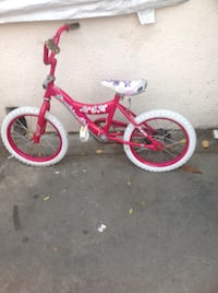 red and white bicycle Maywood, 90270