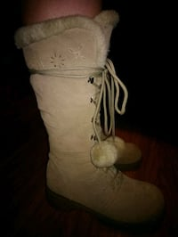 Suede winter boots size 9