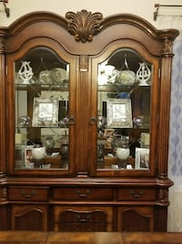 Beautiful 2 piece Display Cabinet