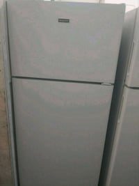 Hotpoint top and bottom white refrigerator Patton, 92369