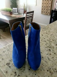 pair of blue suede boots Chino Hills, 91709
