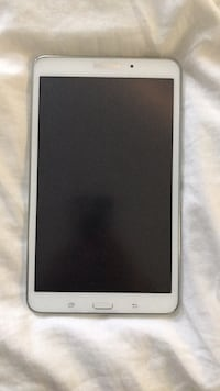 White samsung galaxy android smartphone Vaughan, L6A 2V7